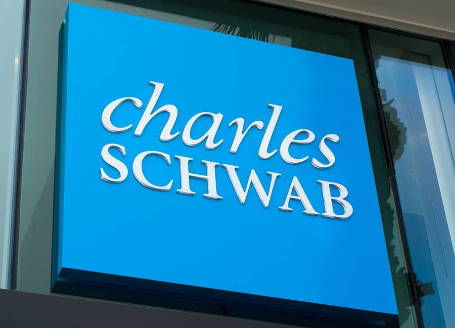 Schwab Declares Preferred Stock Dividend