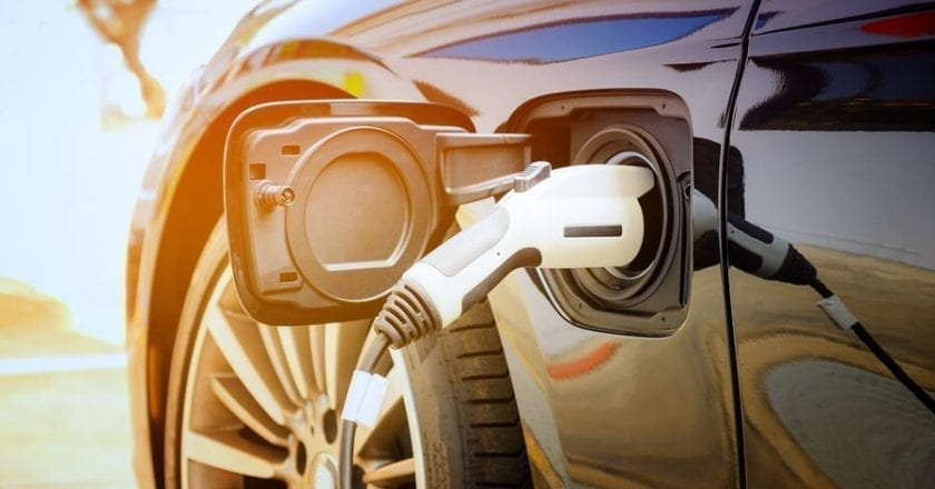 Midwest energy companies pledge to build interstate electric vehicle charging network