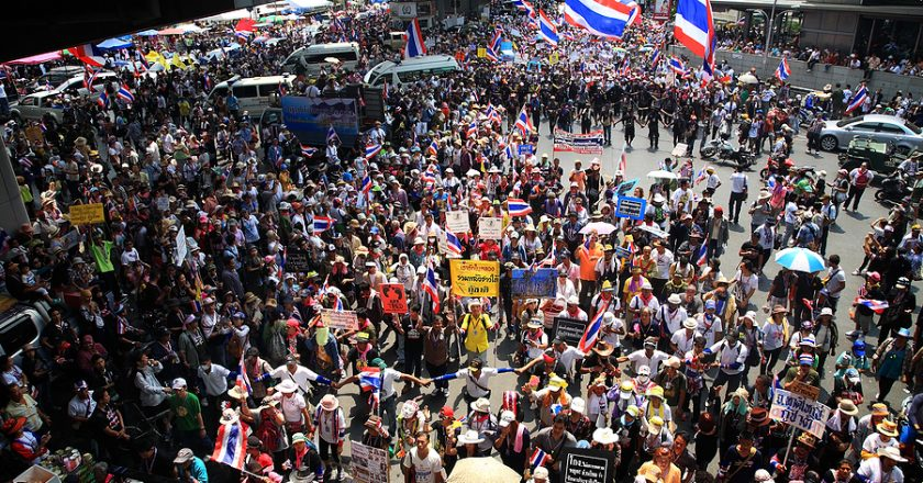 Challenge to King's control over army – Thai protesters try to storm army barracks