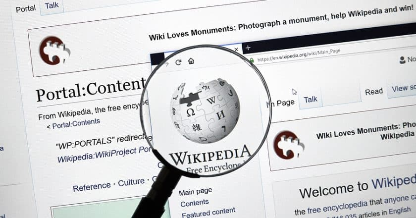Wikipedia: World's largest online reference turns 20