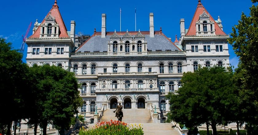 New York Governor Announces COVID-19 Vaccination Appointments