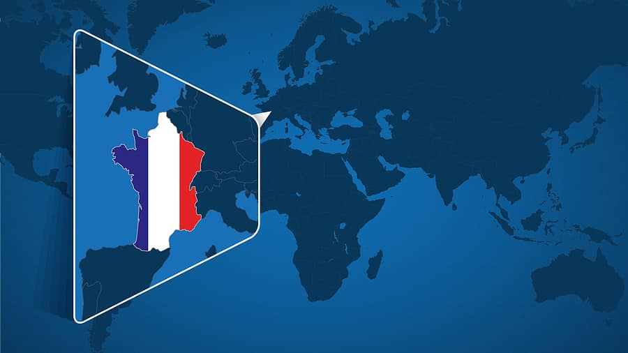 France tight border restrictions to curb spread of COVID-19 variants