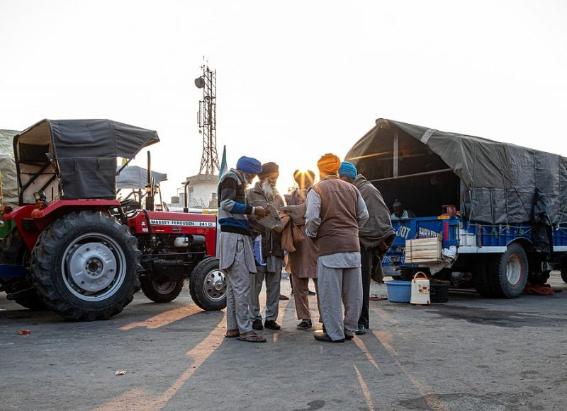 India: farmers blocked highway to mark 100th day of protests